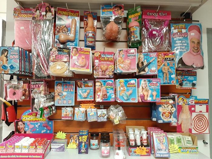 Carnaval - Dinan - Cadeaux humoristiques