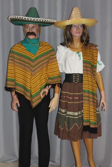 Carnaval Dinan- Costumes en location - Mexique